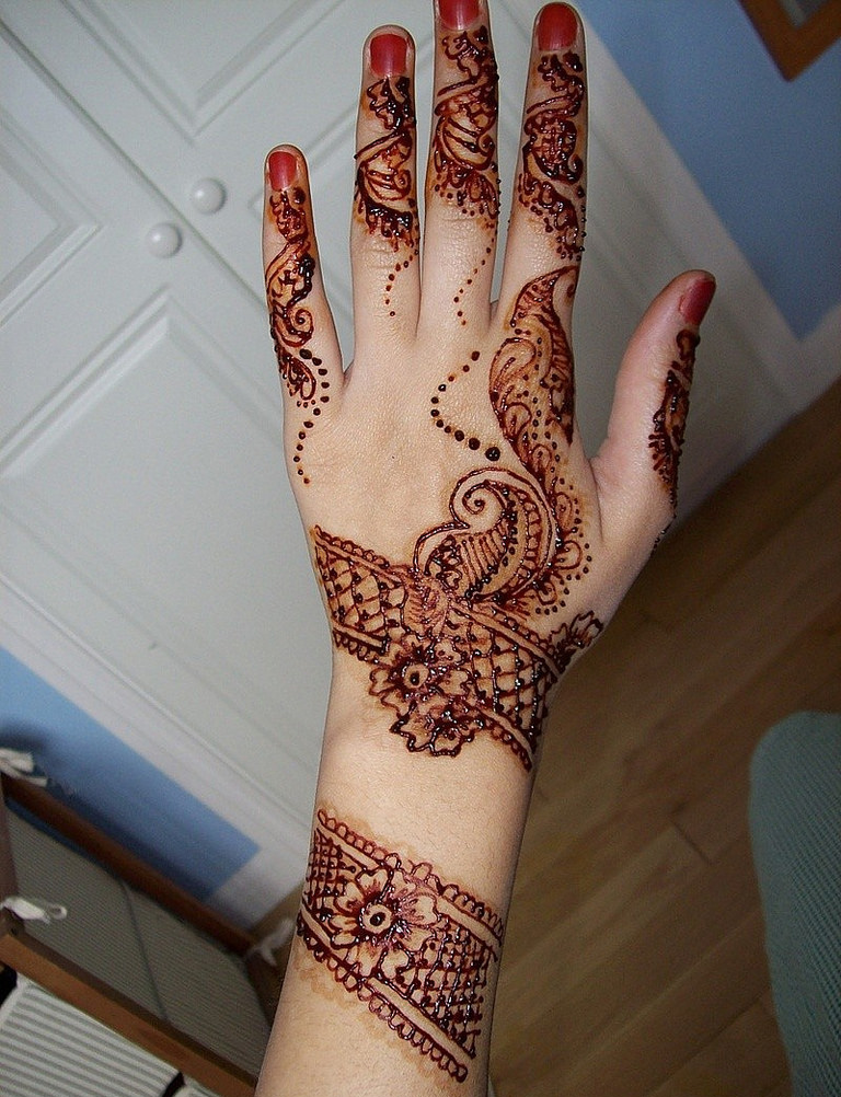 Best Eid Mehndi Designs