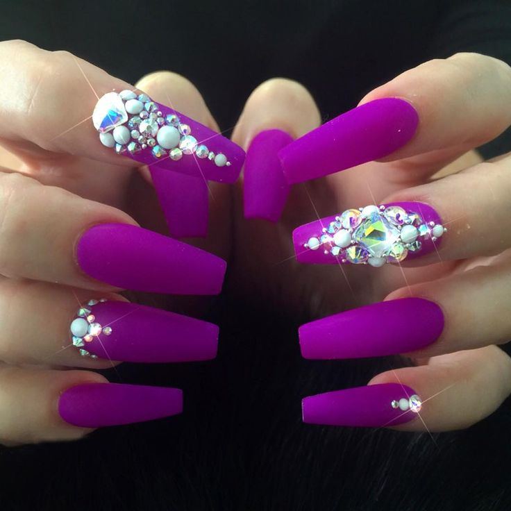 Cute Coffin Nail Designs With Rhinestones
