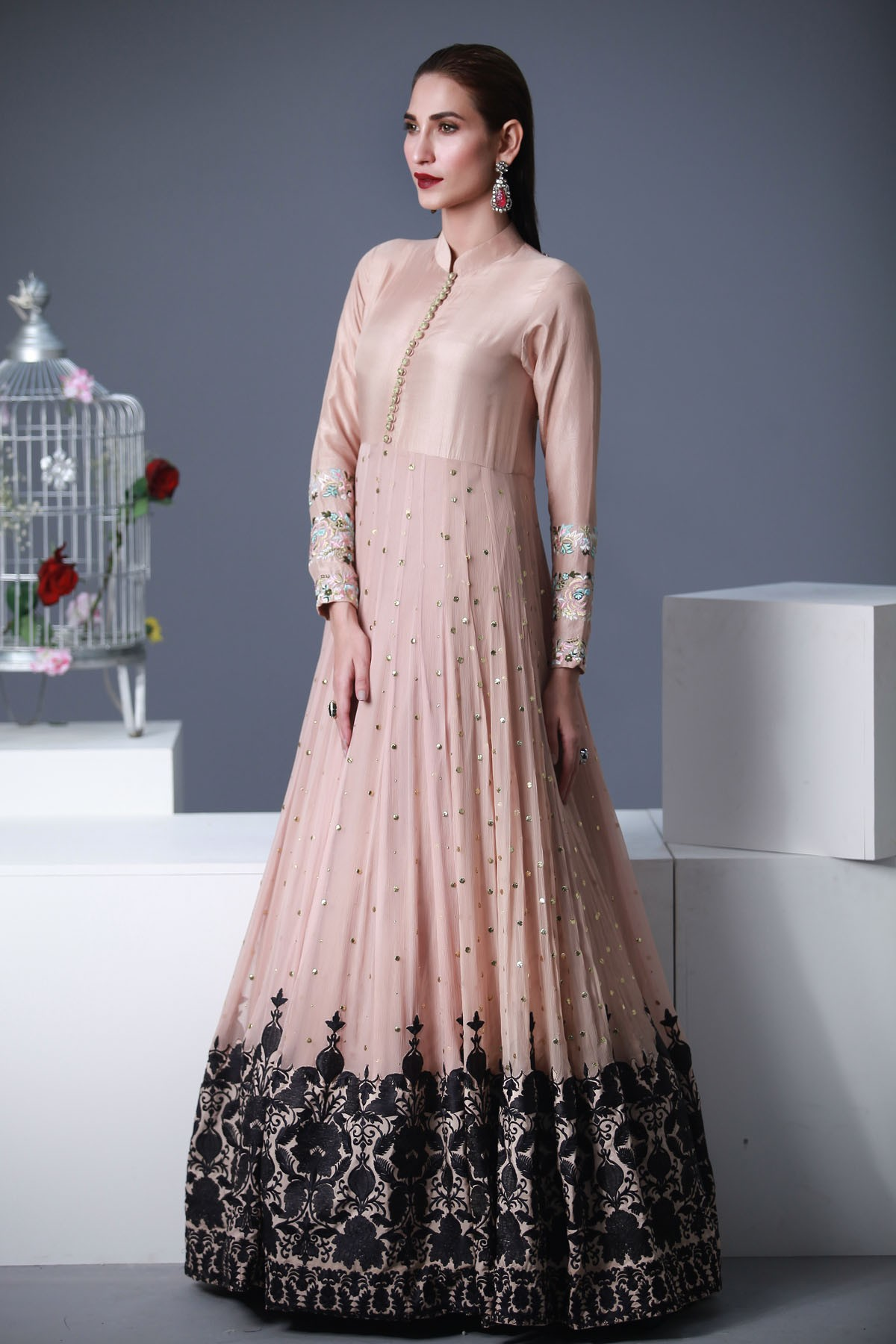 25 latest trends in pakistani party dresses 2018 dresses for Pakistani dresses for wedding parties