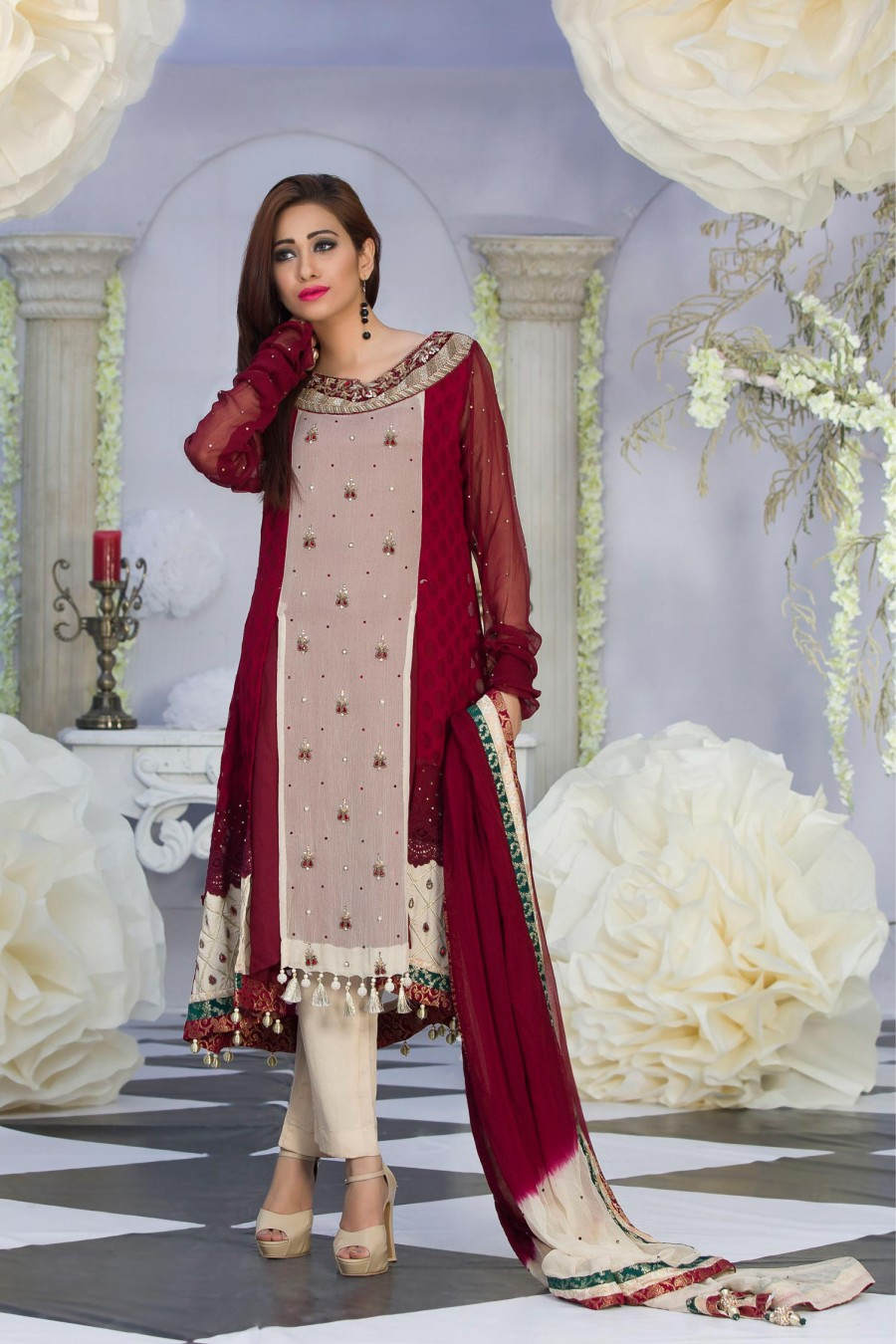 5707f2cd276 25 Latest Trends in Pakistani Party Dresses 2018 - Dresses - Crayon