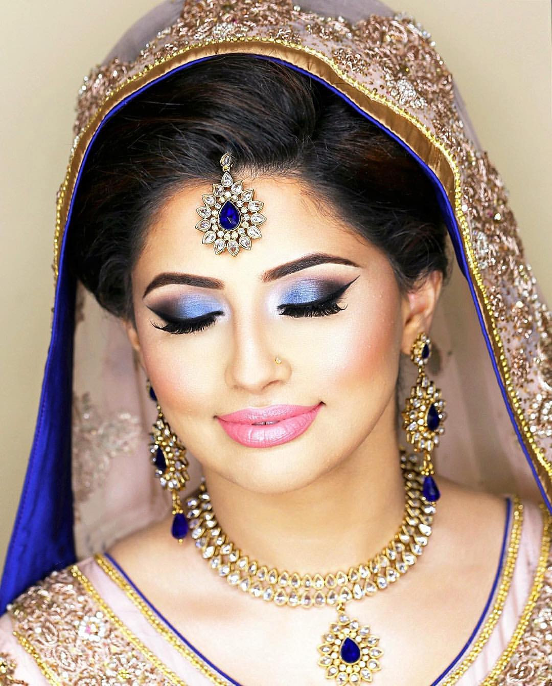 Eye makeup for bridal