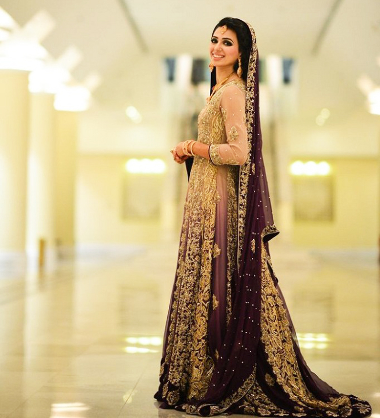7f0c3f2ae0 25 Latest Trends in Pakistani Party Dresses 2018 - Dresses - Crayon