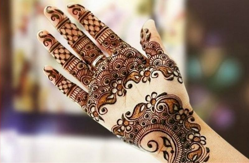 Christmas Mehndi Designs