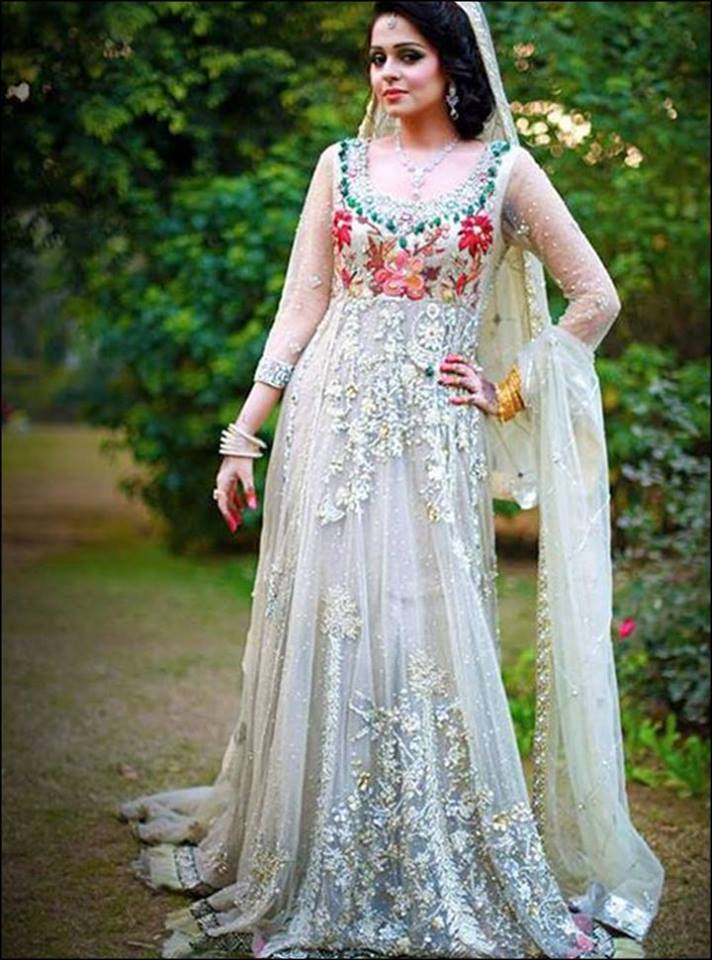 25 Latest Trends In Pakistani Party Dresses 2018 Dresses Crayon