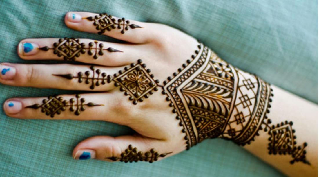 20 Beautiful And Easy Mehndi Designs 2018 Mehndi Crayon