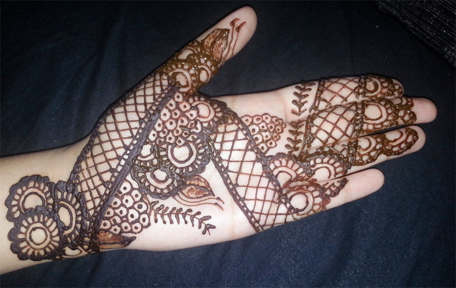 Mehndi Easy Design : Beautiful and easy mehndi designs crayon