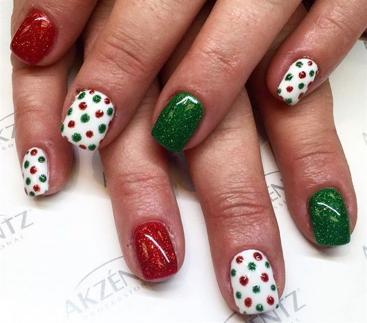 Easy Christmas Nail Art: Easy Christmas Nail Art Designs For Beginners
