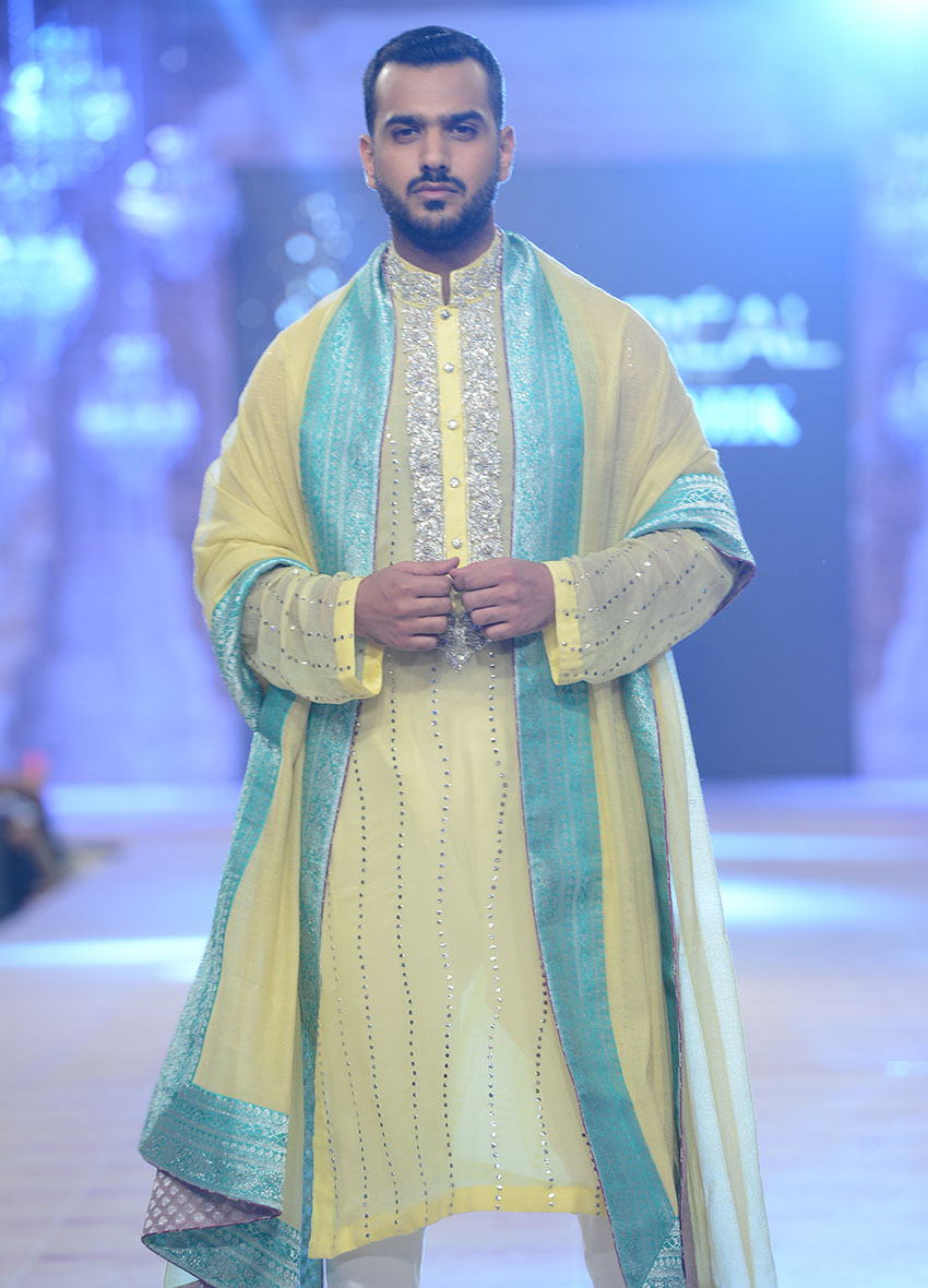 Mehndi Mens Dress : Latest mens mehndi dresses collection crayon