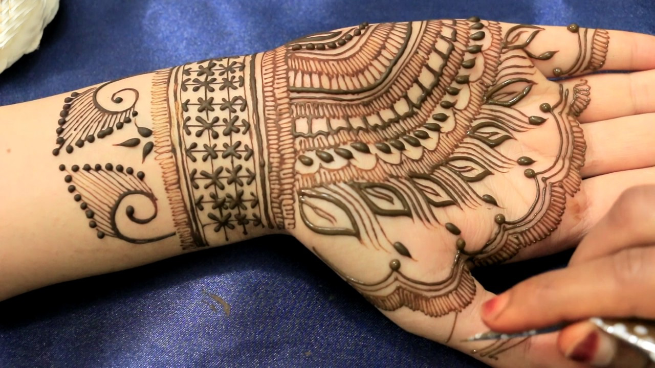 Mehndi Henna Designs Peacock : Beautiful feather henna designs crayon