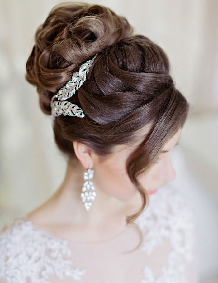 15 best bridal hairstyles for every length hairstyles crayon bridal hairstyles for party junglespirit Image collections