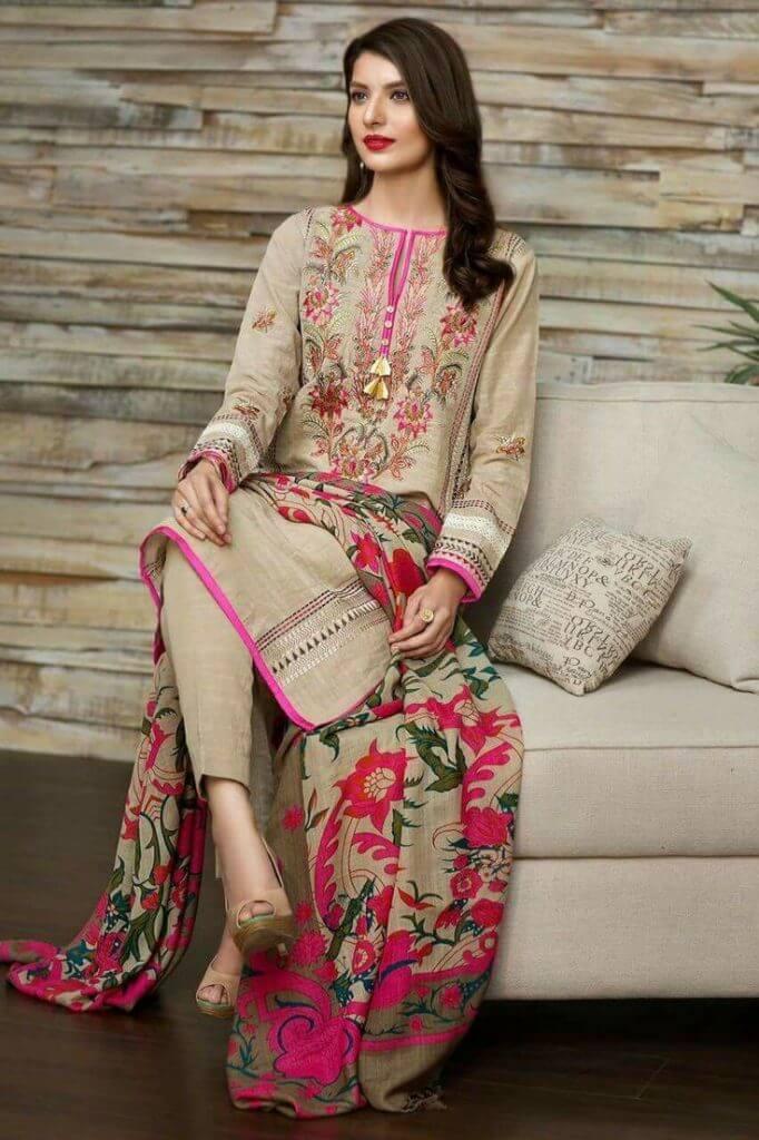 4b6a74e06c 25 Beautiful Pakistani Boutique Style Dresses - Dresses - Crayon