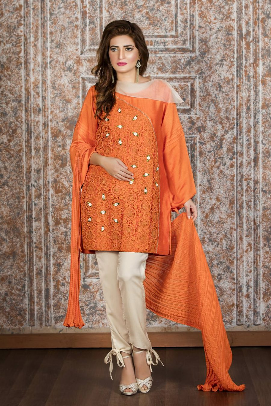 e1a86f1952f 15 Pakistani Casual Dresses For Ladies - Dresses - Crayon