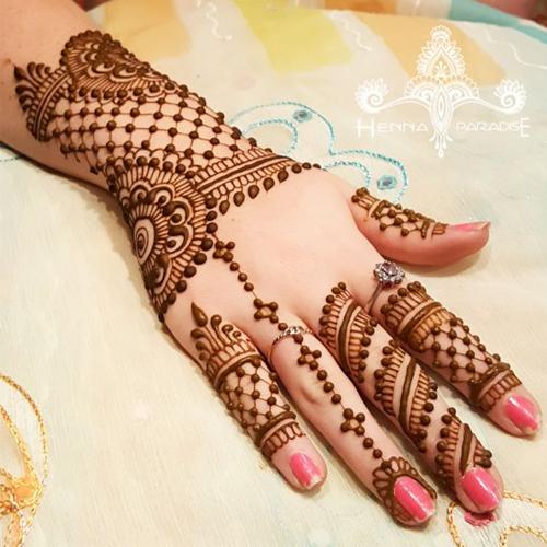 25 latest mehndi designs for girls 2018 mehndi crayon