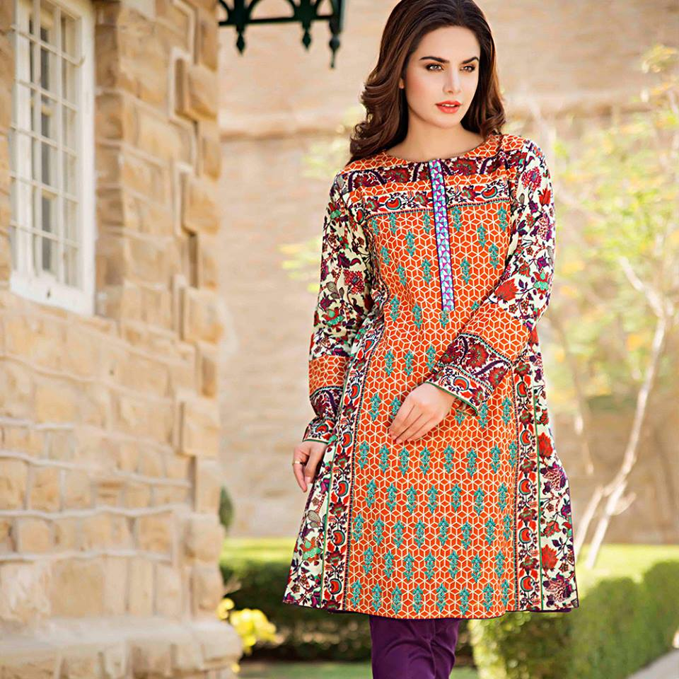 0041d1b8a0ec 25 Beautiful Pakistani Boutique Style Dresses - Dresses - Crayon
