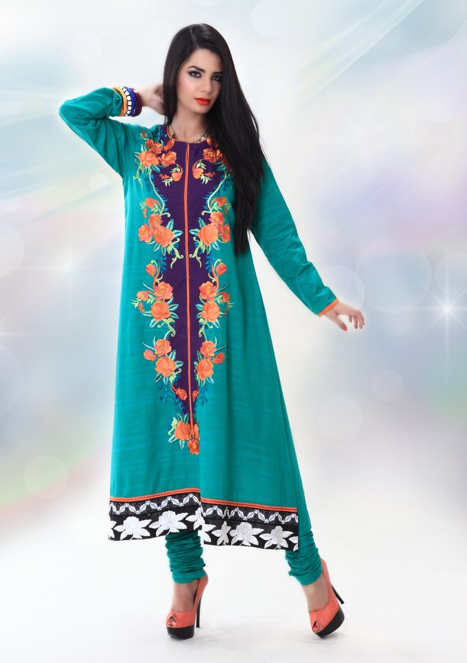 44b890ee50a 15 Pakistani Casual Dresses For Ladies - Dresses - Crayon