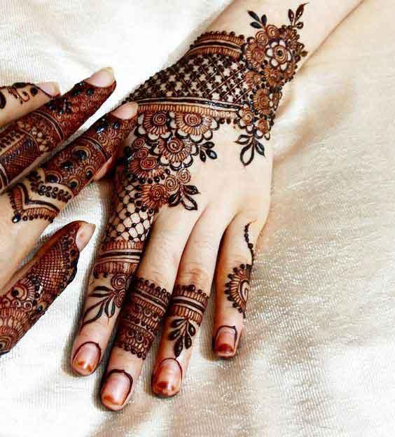 Stunning Bridal Henna Designs By Ash: Top 15 Engagement Mehndi Designs