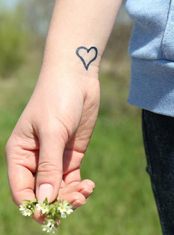 de6b781fb Pigeon Bird Easy Tattoo Design - Easy Small Tattoos - Easy Tattoos ...