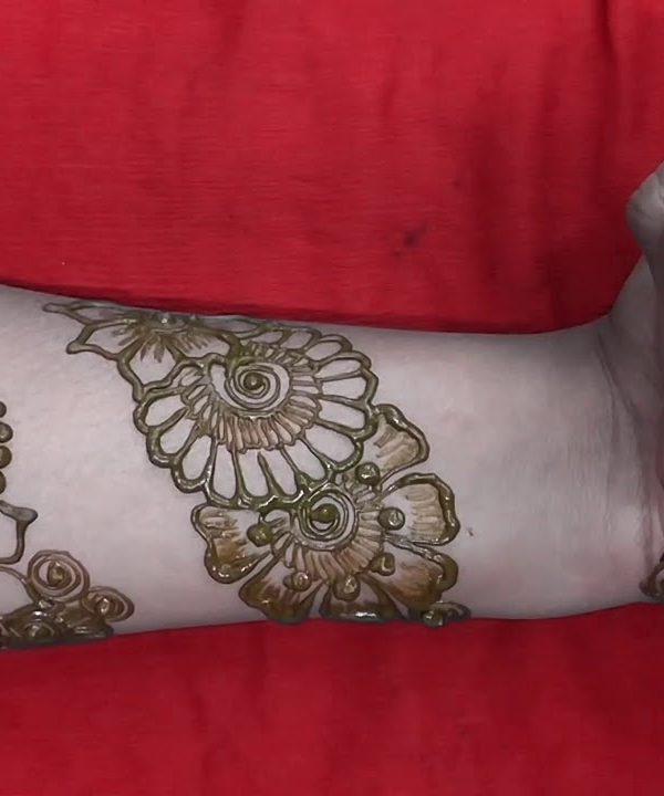 latest bangle mehndi design