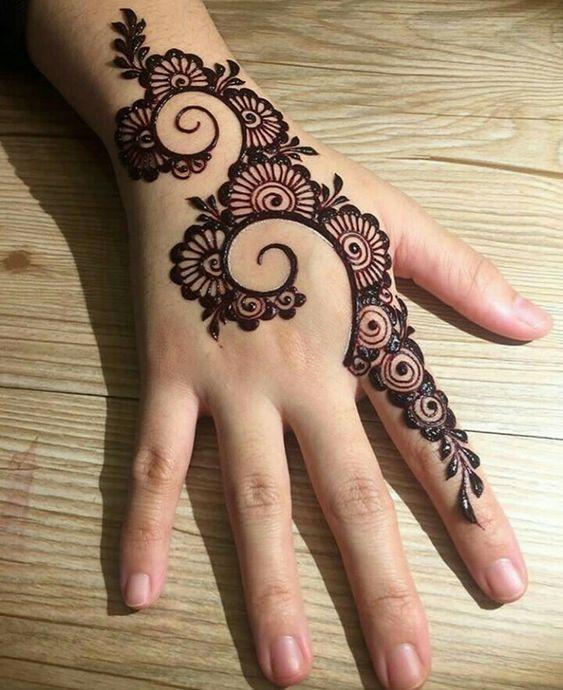 Dazzling Simple Mehndi Design - Simple Eid Mehndi Designs ...
