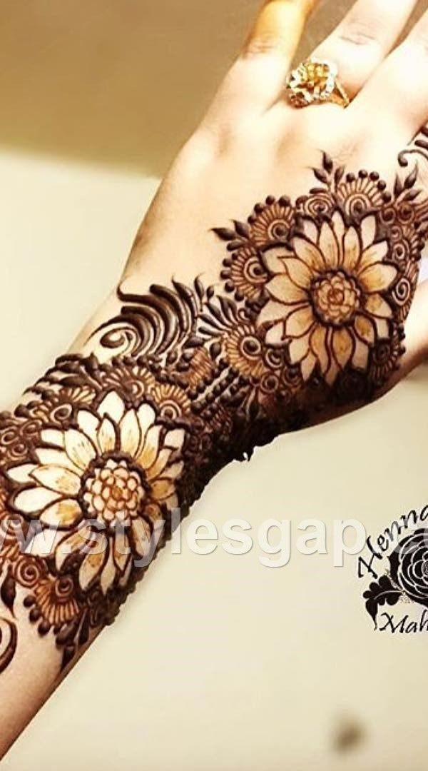 Eid Mehndi Designs For Back Hand 2019 , Eid Mehndi Designs