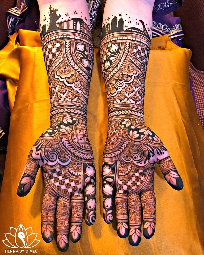 Bridal Designs: Classical Lotus Style Bridal Mehndi Designs For Front Hand