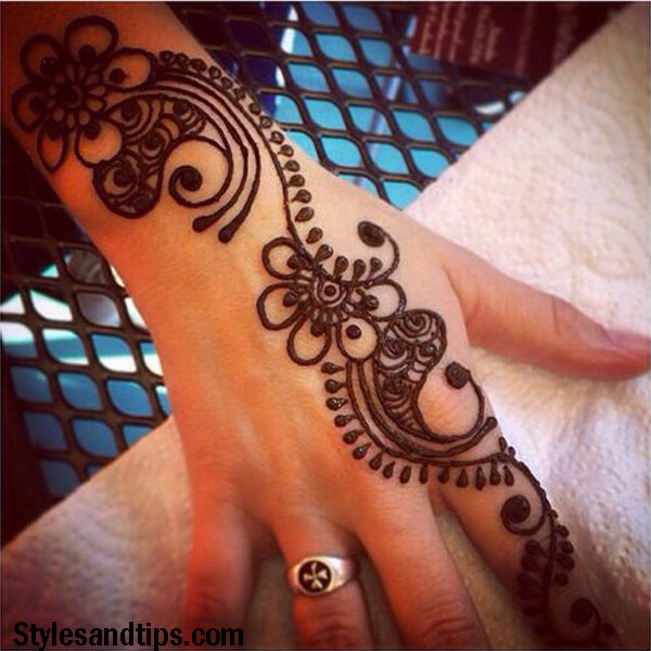 flash arabic mehndi designs 2019 on forehand and arm